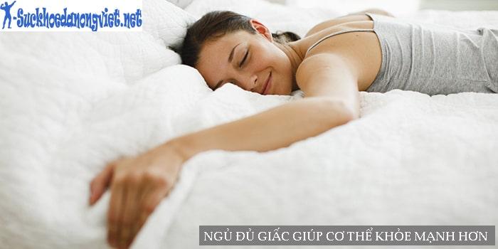 Ngủ đủ giấc vào buổi tối giúp bạn khỏe mạnh hơn cả ngày