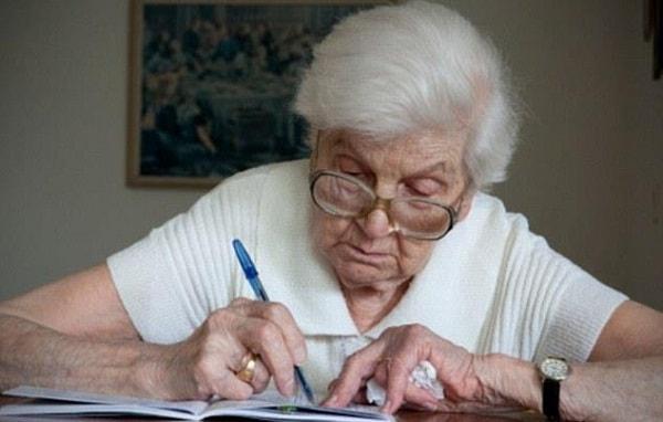 Dấu hiệu nhận biết bệnh mất trí nhớ Alzheimer 2