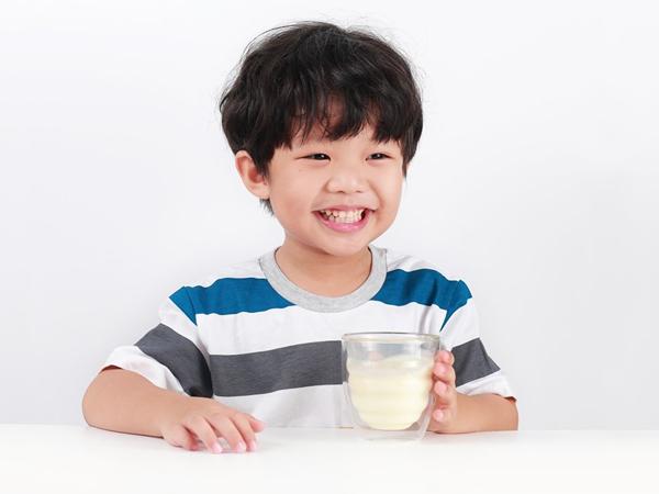Chọn sữa dành cho trẻ suy dinh dưỡng, thấp còi 1
