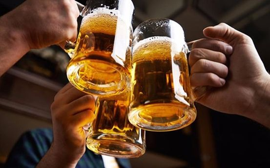 Uống bia ngay sau khi tập thể thao không tốt cho sức khỏe