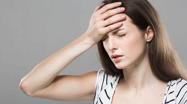 đau đầu chóng mặt buồn nôn đi ngoài