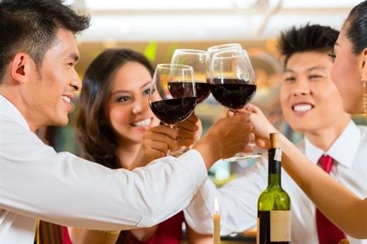 Nguyên nhân gây đỏ mặt khi uống rượu do cơ thể thiếu hụt 1 loại enzym