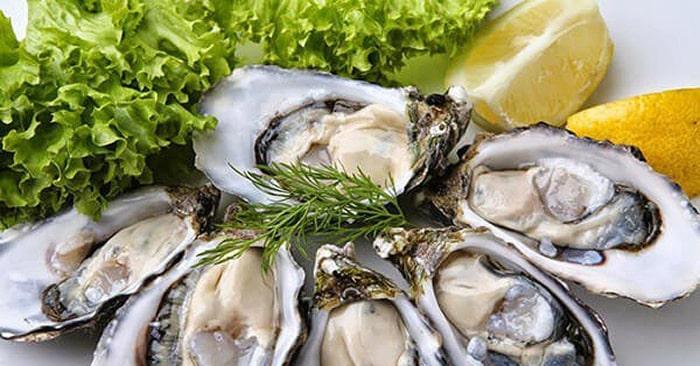Hàu là loại hải sản có giá trị dinh dưỡng cao, đặc biệt tốt cho sức khỏe nam giới