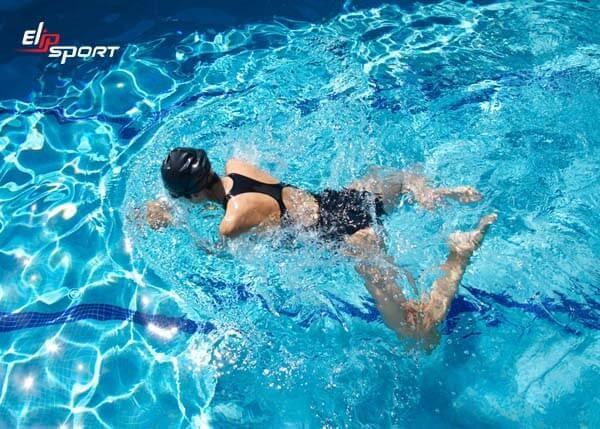 Bơi ếch giúp tăng chiều cao rất tốt